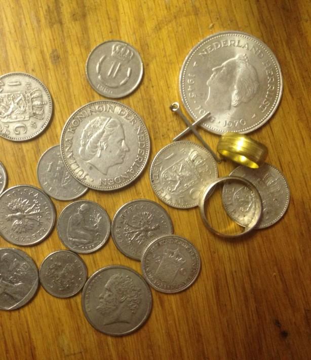 Buitenlandse zilveren munten geld